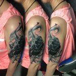bruce 124 black fekete kar back bird arm color ink man tattoo studio budapest tetovalas bruce - Tetoválás, Ink man tattoo studio, Tetoválás Budapest, piercing