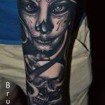 arc koponya tetoválás, face skull tattoo
