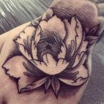 babarózsa tetoválás, peony tattoo