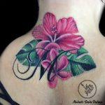 rózsaszín liliom tetoválás, pink lily tattoo