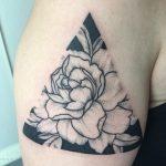 felkar virág tetoválás, upper arm flower tattoo