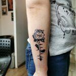kocka rózsa geometria tetoválás kar, cube rose geometry tattoo arm
