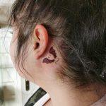 denevér fül mögötti tetoválás, bat ear tattoo