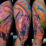 barna ló szivárvány tetoválás, brown horse with rainbow tattoo