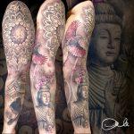 színes mandala Budha tetoválás, colorful mandala Budha tattoo
